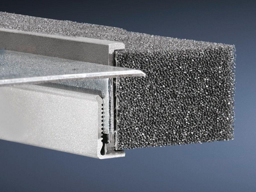 Profil zur Kabeleinführung, mittig für TS, SE, CM, TP - 8802.080