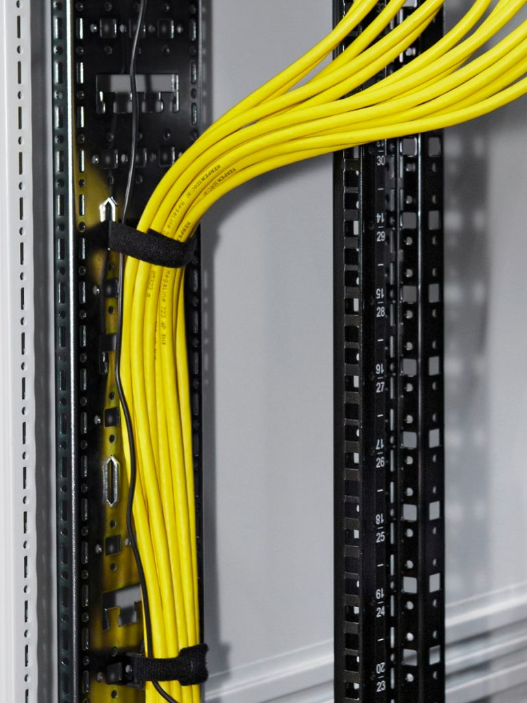Cable route for TS