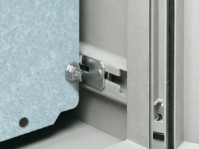 Mounting plate adjustment bracket for KS
