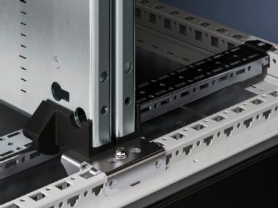 Installation kit for back-to-back mounting plates