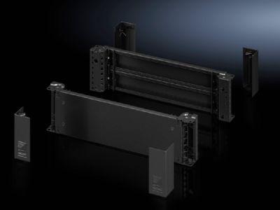 Plaques de socle avant/arrière avec pièces d'angle – 200mm pour armoires et baies VX, VX IT, VX SE, TE, TS, TS IT, SE, CM, pupitres TP, PC, IW