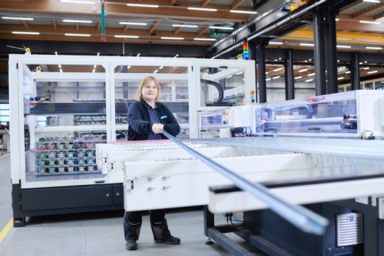 Automatisierung im Schaltanlagenbau für mehr Effizienz