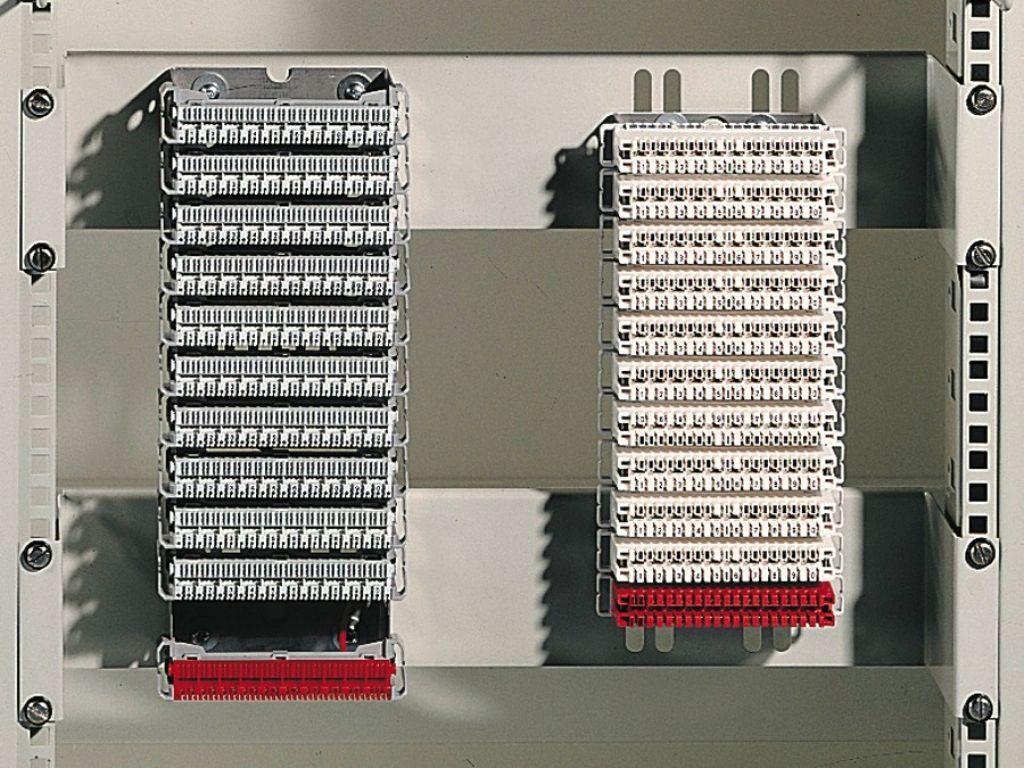 Aufnahme-System, 2 HE für LSA-Einbausatz