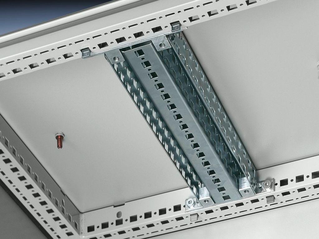 TS 冲孔型材 45 x 88 mm