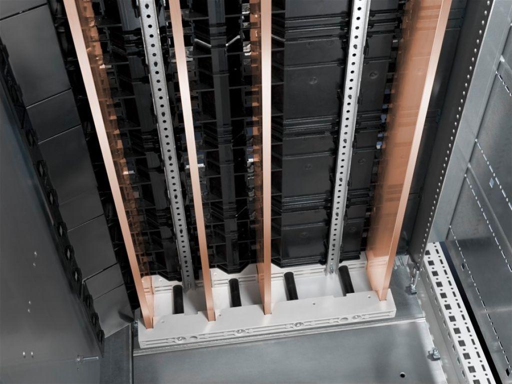 Suporte final Para painel de seccionadores verticais sob carga