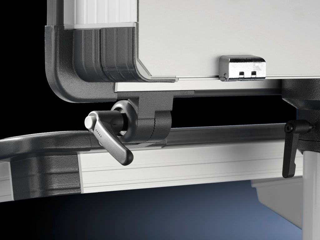 Frame connector, adjustable for Comfort Panel