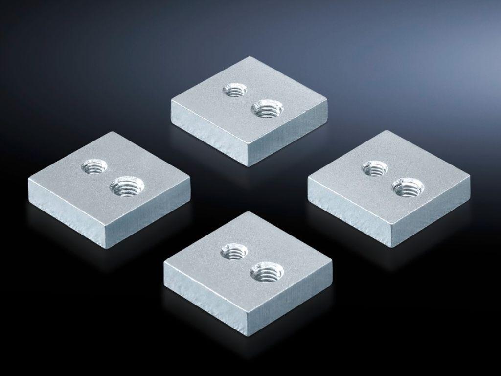 Attachment set for air circuit-breaker installation