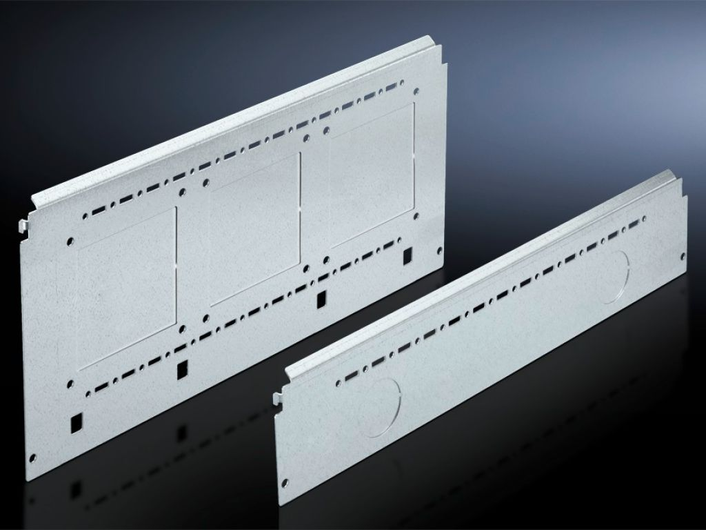 Compartment side panel module for internal compartmentalisation