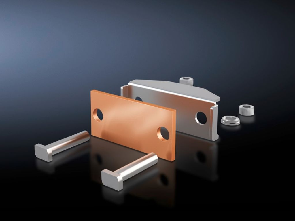 Connection plate for laminated copper bars