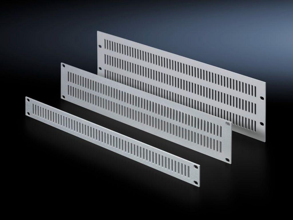 Передние панели с вентиляцией Ширина 482,6 мм (19