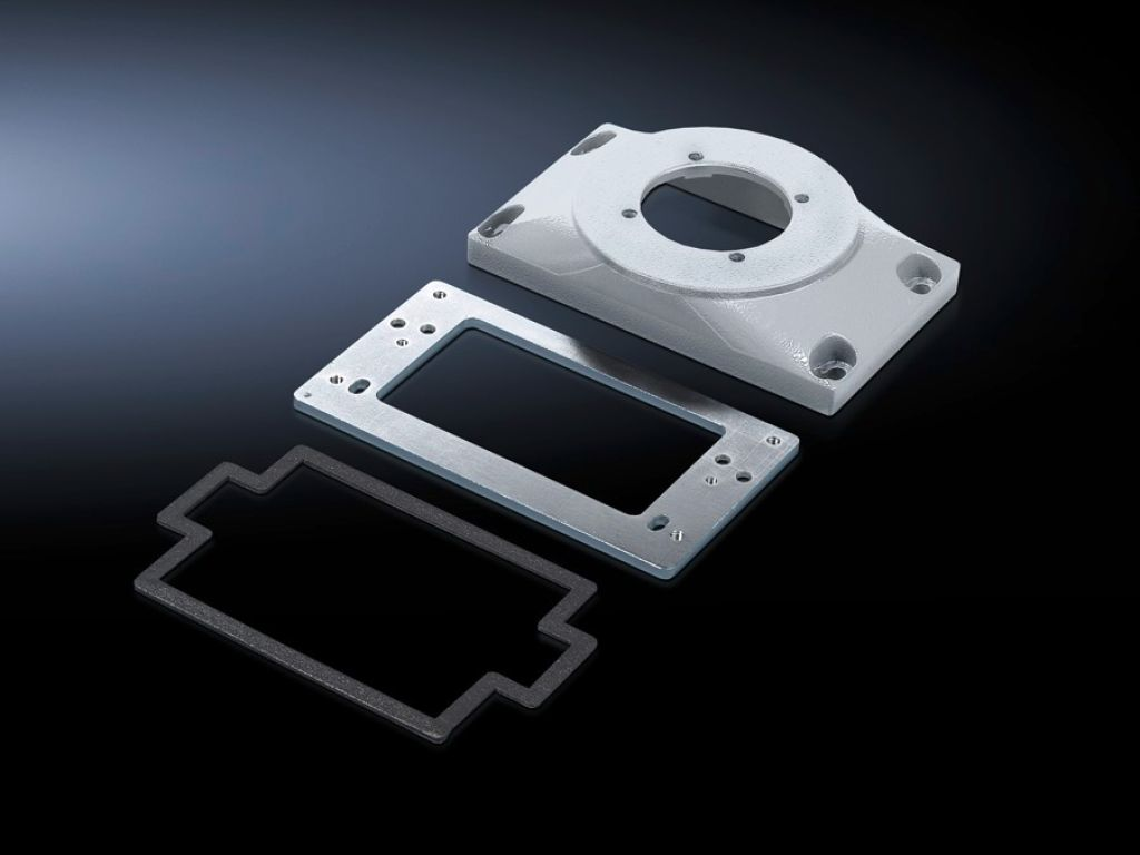 Connection plate with reinforcement plate