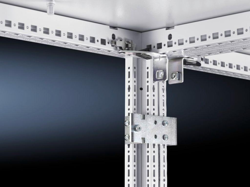 水平連結固定キット リア部分同士を取り付けるのに使用します。