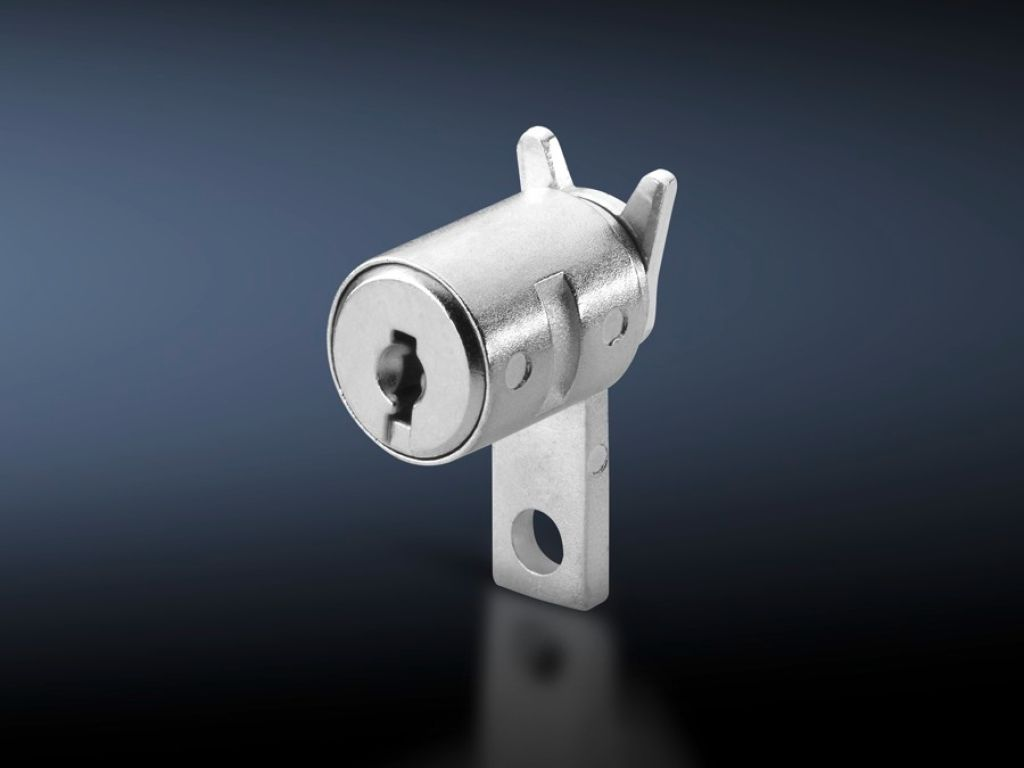 Lock insert for handle systems